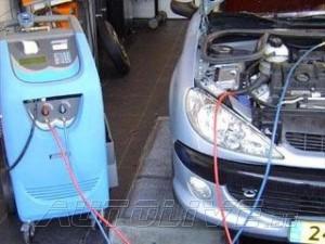 Pensez a recharger et entretenir votre clim Auto Aux prix de : 60 Euros Recharge clim 85 Euros Entretien clim Sans Rendez Vous Pour plus d'info contactez nous .....